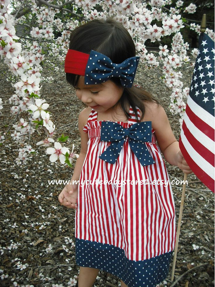 Beautiful Patriotic 4th of July Halter Dress. $24.00, via Etsy.