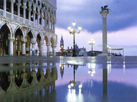 venice: Favorite Places, Future Travel, Roof Terraces, Venice Italy, Venezia Italia, Belle, Palace, Aqua, Dreams Destinations