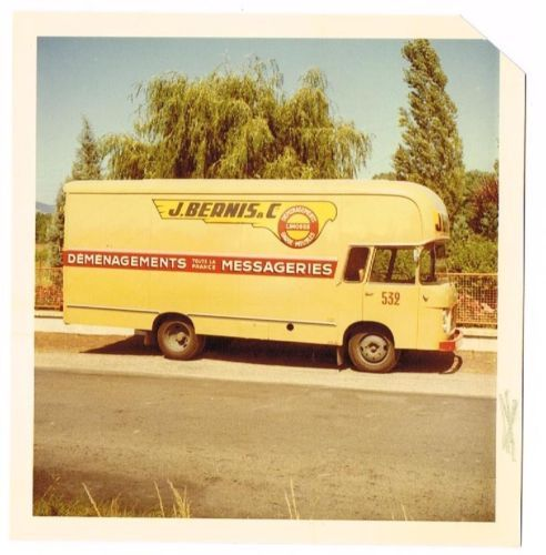 220 best images about moving vans verhuiswagens on pinterest for Renault garage pantin