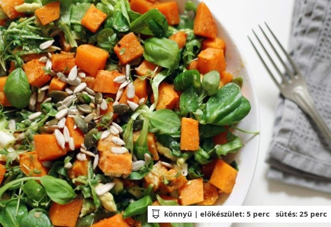 Édesburgonya saláta avokádóval rukkolával és tahini öntettel