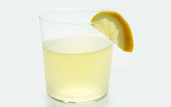 Agave-Sweetened Lemonade. #goopmake