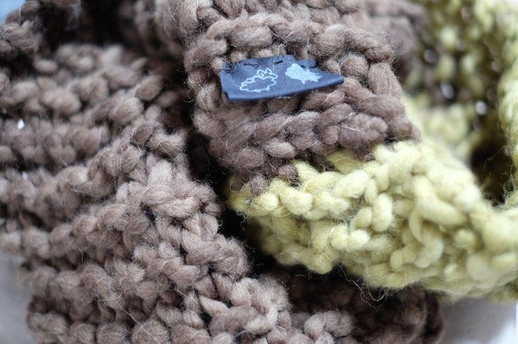Sciarpa ad anello XL dalle nuances autunnali   verde oliva e marrone