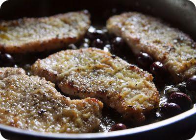 Costeletas de porco com azeitonas e alcaparras