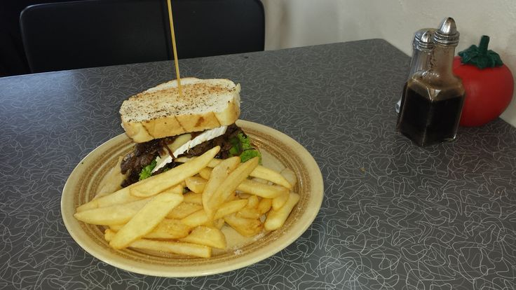 God old Kiwi Grub at the Feilding Stock Sales - Steak Sandwich and Chips. No room for the salad! Good on ya mate! #pnpersonnel #feilding