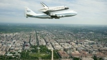 t: Photos, Spaceshuttl, Spaces Shuttle Discovery, April 17, Carrier Aircraft, Shuttle Carrier, 747 Shuttle, Washington Dc, Space Shuttle