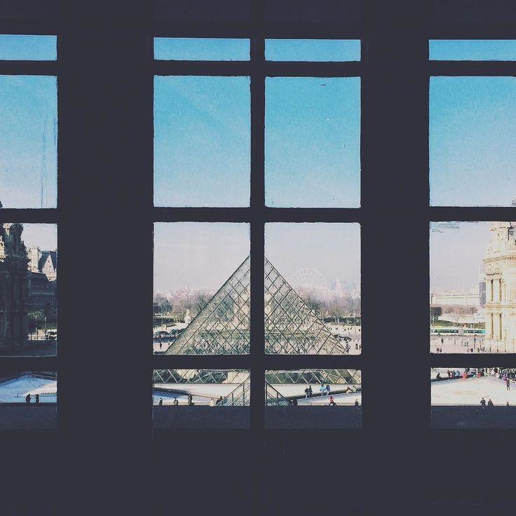 #museedulouvre  #instapassport #aroundtheworldpix #ig_masterpiece #campinassp #flashesofdelight #travelog #mytinyatlas #visualmobs #citybestpics #agameoftones #city_explore #illgrammers #thecreative #shotaward #seemycity #createcommune #citylimitless #heatercentral #igersparis #loves_france_ #topparisphoto #loves_paris #parismaville #iphoneography #iphoneonly #iphonesia