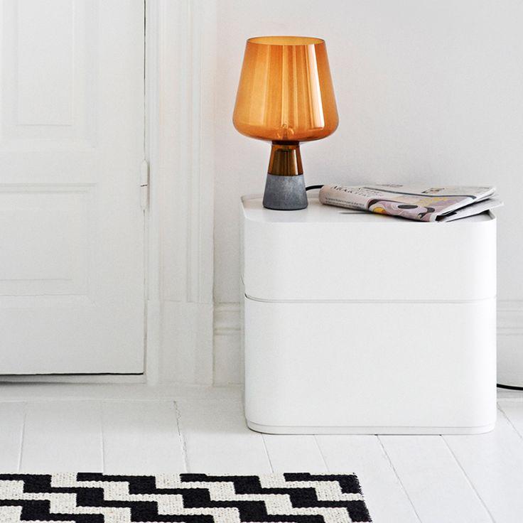 Est-Bedside-Table-Lamps-Leimu-iittala