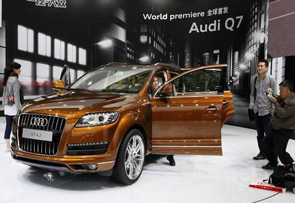 2013 Audi Q7. Almost bought one last fall. Still like it and maybe contender.