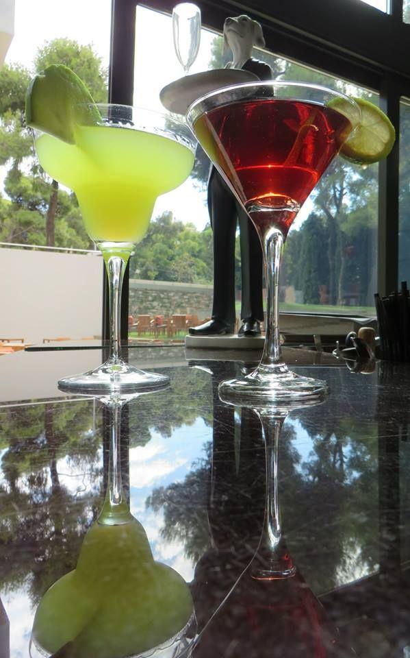 Kool life bar cocktails #lifegallery