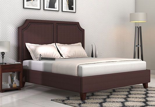 The #upholstered #beds are amazing bedsteads which goes very well with contemporary style of decor. Get Classic Brown Twen Upholstered Bed available in King Size for your bedroom from the wide range at Wooden Street from #Gurgaon #Jaipur #Mumbai