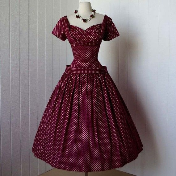 Oh. My. Goodness! The silhouette on this berry polka dot dress is absolutely amazing!