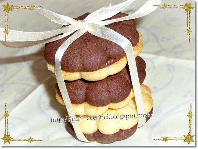 Gizi-receptjei.  Várok mindenkit.: Kinyomós keksz mogyorókrémmel összeragasztva.