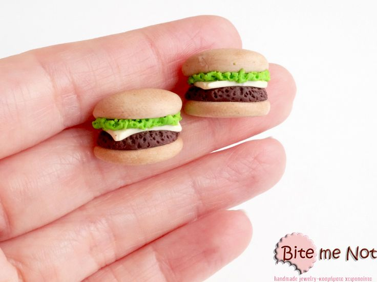 Burgers-post earrings! -Wearable food miniatures!