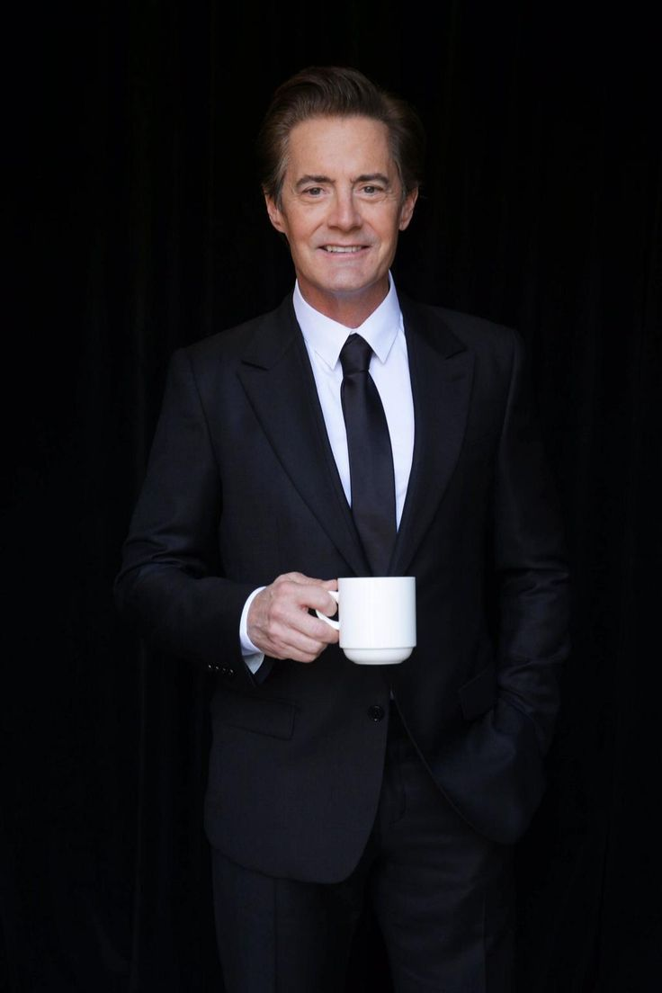 Dale Cooper - Kyle MacLachlan Welcome back to #TwinPeaks Special Agent Dale Cooper! @Kyle_MacLachlan returns in '16 on @SHO_Network #damnfinecoffee