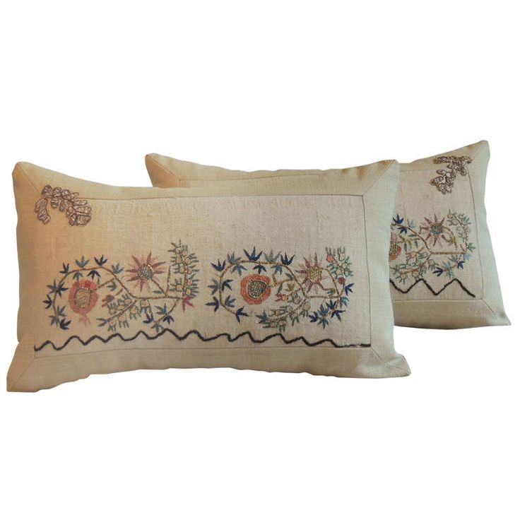 1stdibs.com | Pair of Applique Turkish Embroidery Pillows.