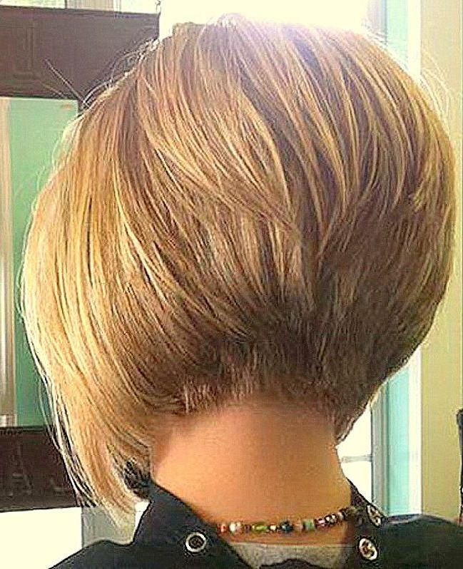 38 Trendy Inverted Short Bob Haircuts Inverted Short Bob Haircuts Inverted Bob Is The Best Way To Che Thick Hair Styles Inverted Bob Hairstyles Bob Hairstyles