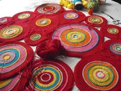 gorgeous! crochet: Crochetdol Blog, Colors Combos, Gorgeous Crochet, Crochetdoll Blog, Crochet Projects, Circles Circles, Crochet Circles, Crochet Inspiration, Crafty Ideas