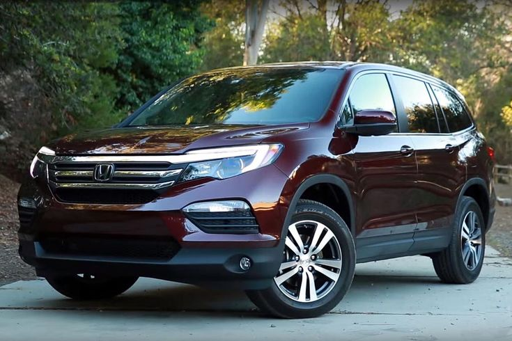 2016 Honda Pilot vs. 2015 Toyota Highlander: Which Is Better? - Autotrader