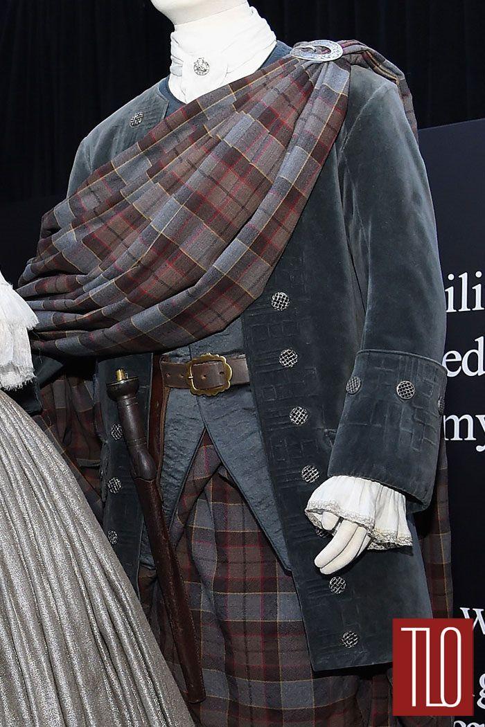 Adding that coat to my want list. [Outlander-Costumes-Mid-Season-New-York-Premiere-Tom-LOrenzo-Site-TLO-(3B)]