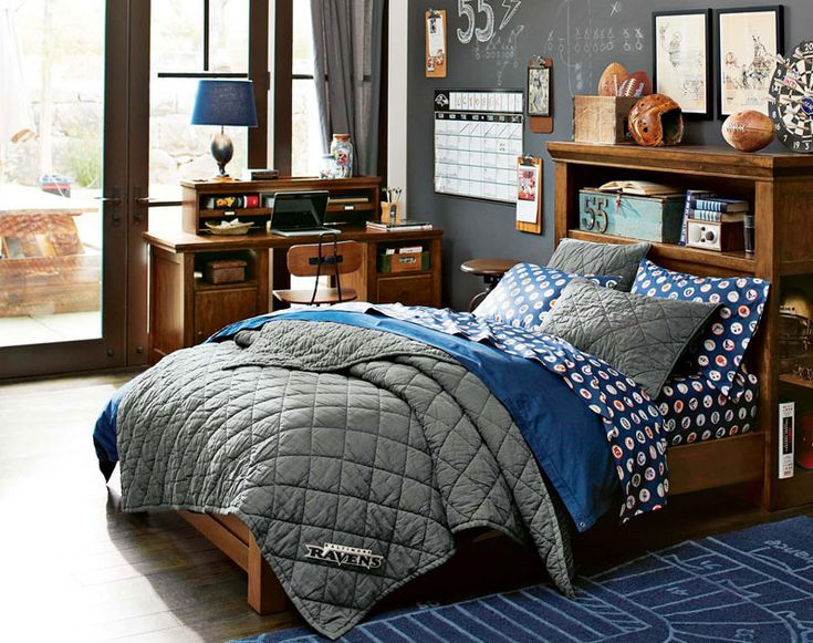 17 best images about teen guys bedroom ideas on pinterest football guy rooms and under bed. Black Bedroom Furniture Sets. Home Design Ideas