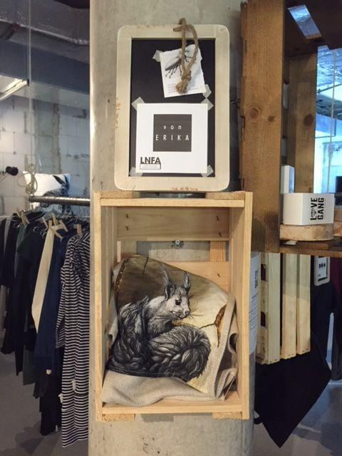 #squirrel #tea #towel #kitchen #halflinnen #shop #LNFA #bikini #berlin // #eichhörnchen #küchenhandtuch #geschirr #tuch #vegan #halbleinen #rinde #pinie