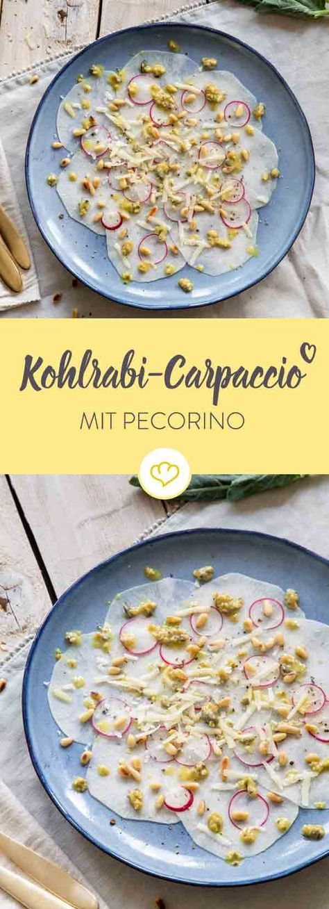 Mach die deutsche Kohlrübe zum italienischen Veggie-Antipasto: Kohlrabi-Carpaccio mit Kapern-Vinaigrette, Pinienkernen und Pecorino.
