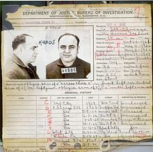 Al Capone's FBI criminal record in 1932, showing most of his criminal charges were discharged/dismissed.