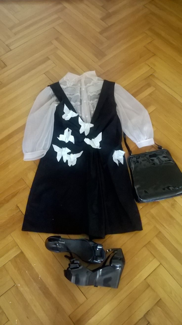 Sheer 60s bed jacket + avantgarde dress with origami butterflies, Vivienne Westwood Melissa shoes & vintage patent purse. Dress by Rad Playground.