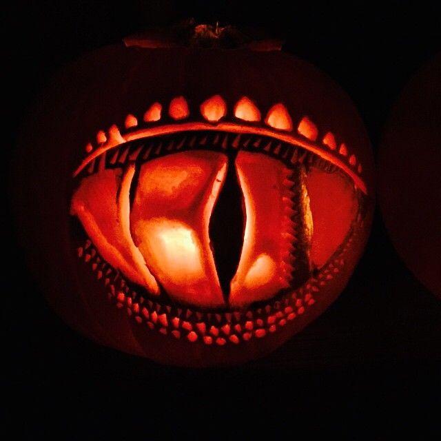 Dragon's Eye Pumpkin Carving Halloween 2014