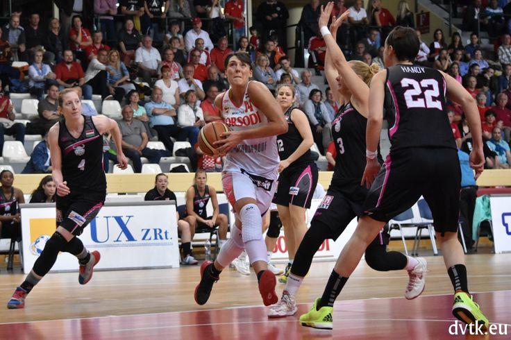 Tina Jovanovic 20 pontot dobott a PINKK ellen (Aluinvent DVTK - PINKK Pécsi 424 66-53)