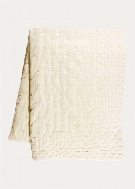 Paolo Bedspread – Creamy Beige | Bedroom | Bedspreads | Essentials | Linum