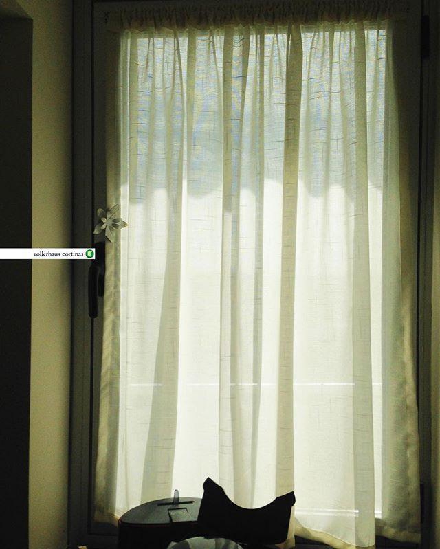 Visillos. Cortina ideal para ventanas chicas. Asesoramiento y presupuestos sin cargo en rollerhauscortinas@outlook.com #Rollerhaus #cortina #deco #decor #diseño #diseñodeinteriores #design #interior #moda #decoracion #buenosaires #living #paz #habitacion #visillos - Architecture and Home Decor - Bedroom - Bathroom - Kitchen And Living Room Interior Design Decorating Ideas - #architecture #design #interiordesign #diy #homedesign #architect #architectural #homedecor #realestate…