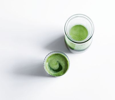 Grøn grøntsagsjuice