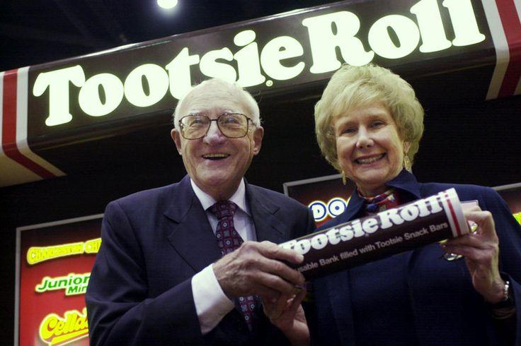Melvin Gordon, business executive (Tootsie Roll Industries)