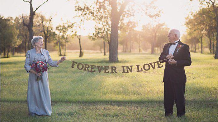 Tidak Ada Kata Terlambat! Setelah 70 Tahun Bersama, Pasangan Ini Baru Bisa Memiliki Foto Pernikahan