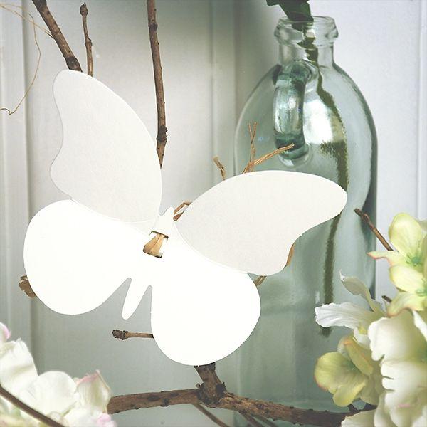 Schmetterlinge aus Papier als Deko zur Hochzeit                                                                                                                                                      Mehr