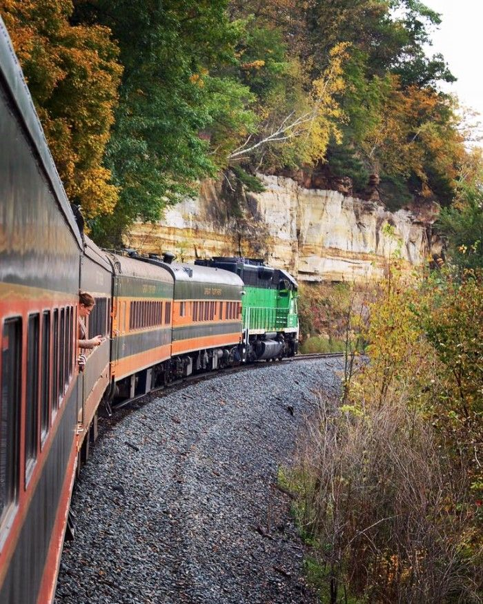 6 epic train rides in MN 2: Minnesota Transportation Museum Osceola and St. Croix Valley Railroad