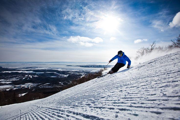 Cet hiver, profitez de l'expérience de ski ultime dans #Québec & #Charlevoix. Réservez maintenant: sommetsdusaint-laurent.com