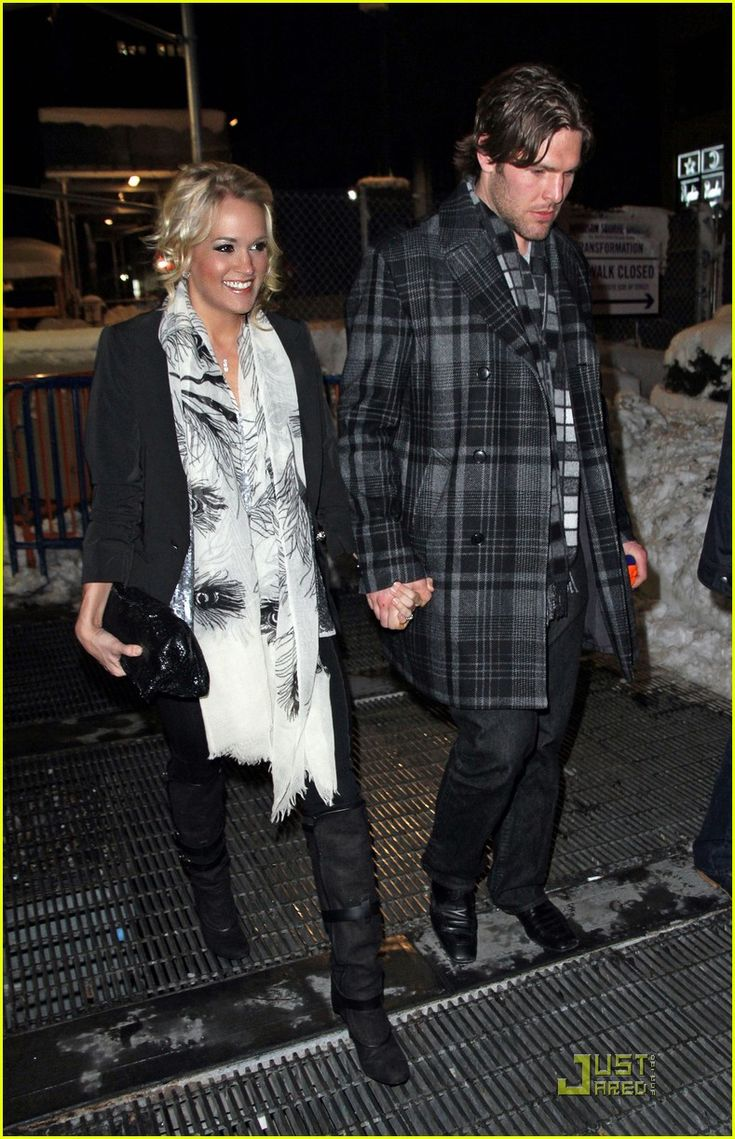 Carrie Underwood: Knicks Game with Mike Fisher! | carrie underwood mike fisher knicks game nyc 01 - Photo