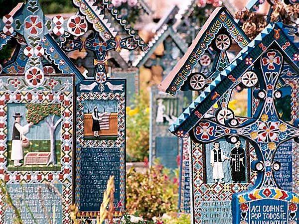 Cimitirul Vesel din Săpânţa, Maramureş 2