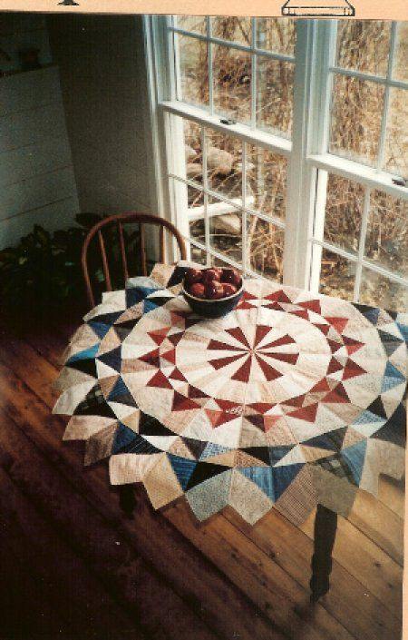 Quilted Round Table Toppers.Country Threads Rotary Cut And Pieced Quilt Patterns Circle Of