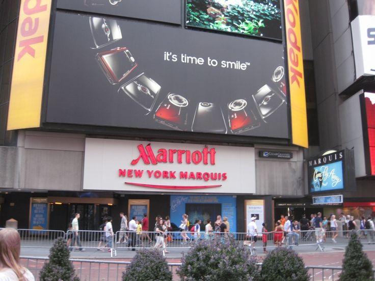 el hotel donde ana se quedo en new york