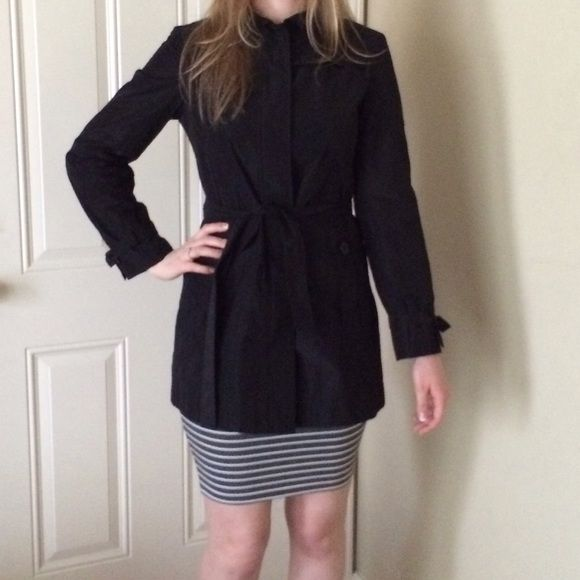 Authentic MaxMara Black Parka Jacket Coat Size 2 Very cute and comfy coat, worn only couple times! Authentic MaxMara, perfect for fall. 🍃 MaxMara Jackets & Coats