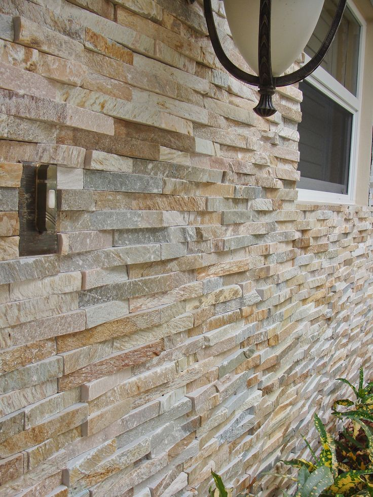 Natural Stone Veneers ǀ Faux Stone Siding ǀ Stone Veneer: 33 Best Curb Appeal // Natural Stone Veneer Images On