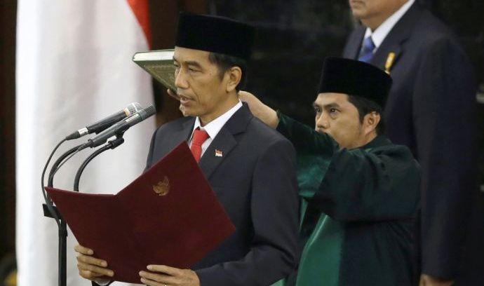 jokowi dilantik sebagai president RI ON 20-10-2014 ~