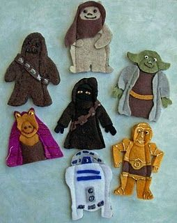 Star Wars felt finger puppet patterns... appropriate for so many of my brothers!! (Well, minus Jar Jar.)