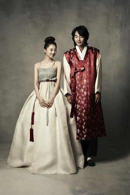 another interesting modern korean wedding attire inspiration for bride & groom...
