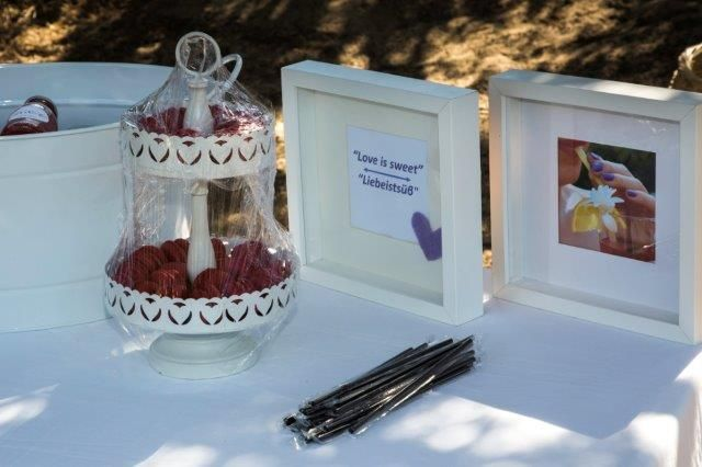 A little sweet - a little lemonade all at the beach before the ceremony! Styled by Islandevents.gr