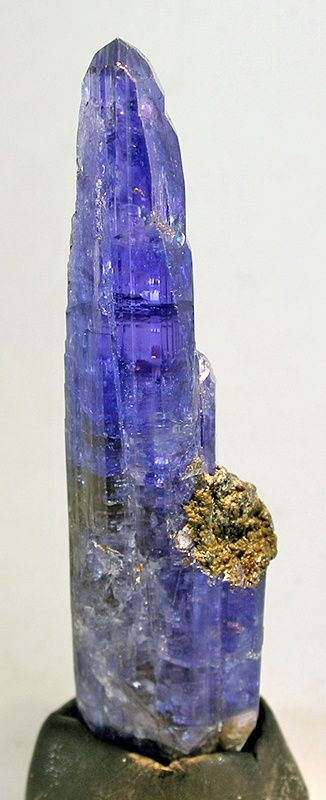 Tanzanite   now in the jack halpern collection   Merelani Hills, Umba Valley, Arusha District, Tanzania