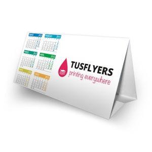 Calendarios de sobremesa automontables totalmente personalizados. Y si no tienes diseño, puedes utilizar nuestra plantilla completamente gratis.